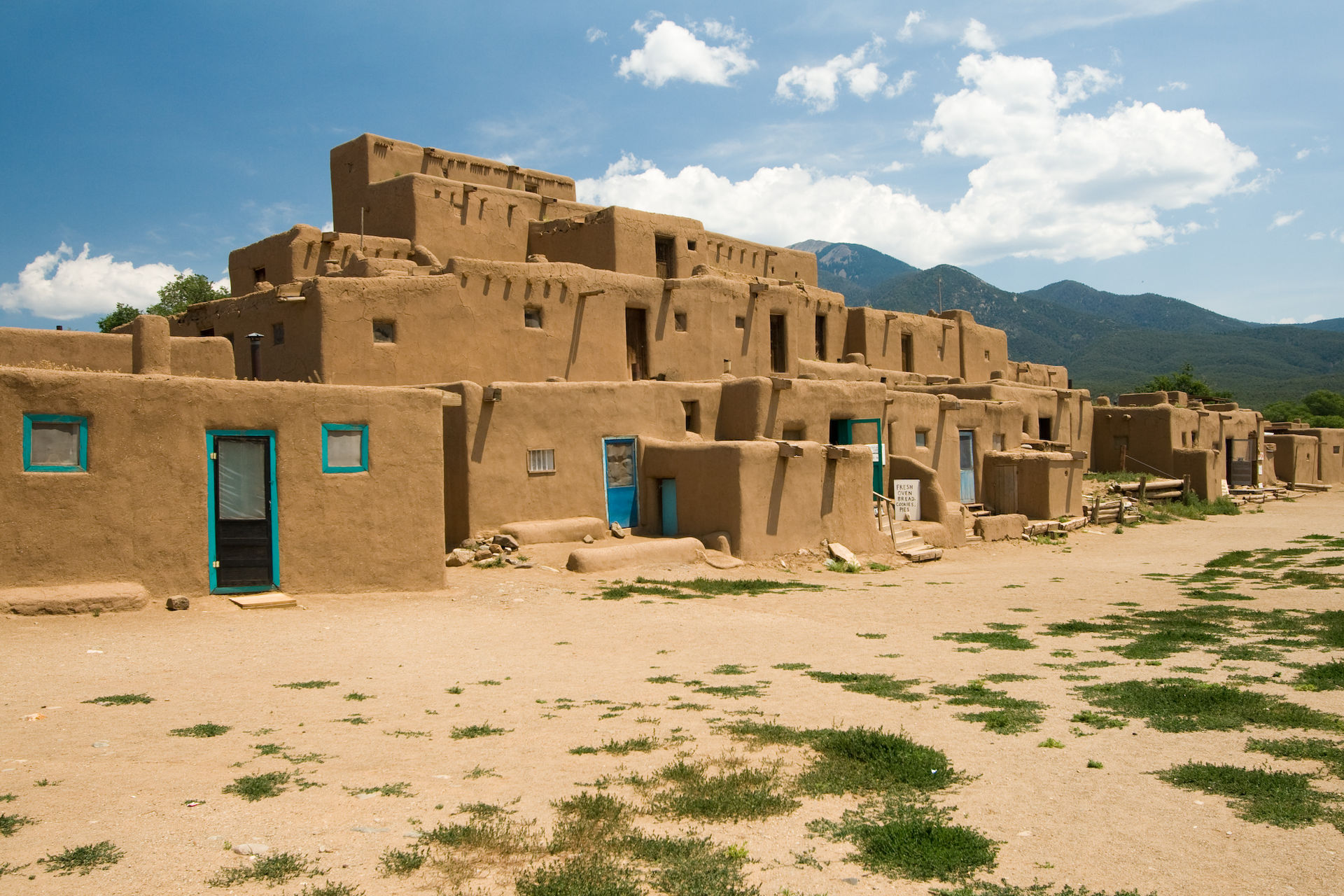 Taos Pueblo, one of the centers of the revolt (photo by Luca Galuzzi)