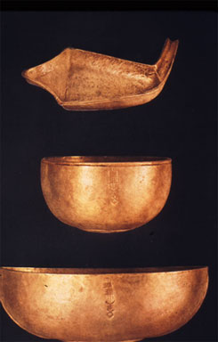 Three gold vesels