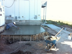 Veliz Construction pours the LN2 concrete slab