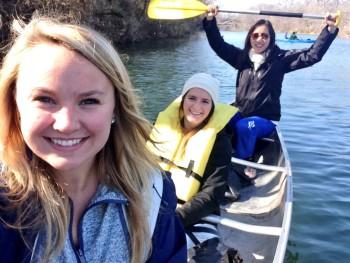 UTNSA students in canoe