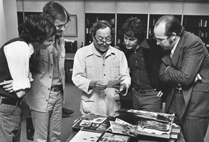 Tennessee Williams visiting the Ransom Center reading room, November 2, 1973. Photograph by Frank Armstrong.