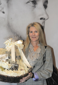 Attendee Pam Berry won 'Wild at Heart' Prize.