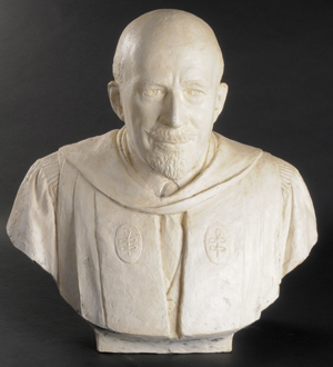 Plaster maquette of W. E. B. DuBois by Walker Hancock. Photo by Anthony Maddaloni.