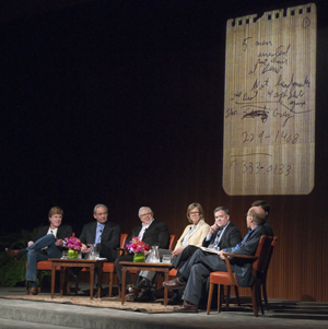 Robert Redford, Bob Woodward, Carl Bernstein, Dana Priest, Mark Miller, Peter Baker and Glenn Frankel discussed 'Could the media break a story like Watergate today?' on a panel presented by the Ransom Center and the LBJ Library and Museum. Photo by Pete Smith.