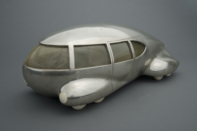 Norman Bel Geddes, Motor Car No. 9 (without tail fin), ca. 1933. Image courtesy of the Edith Lutyens and Norman Bel Geddes Foundation.
