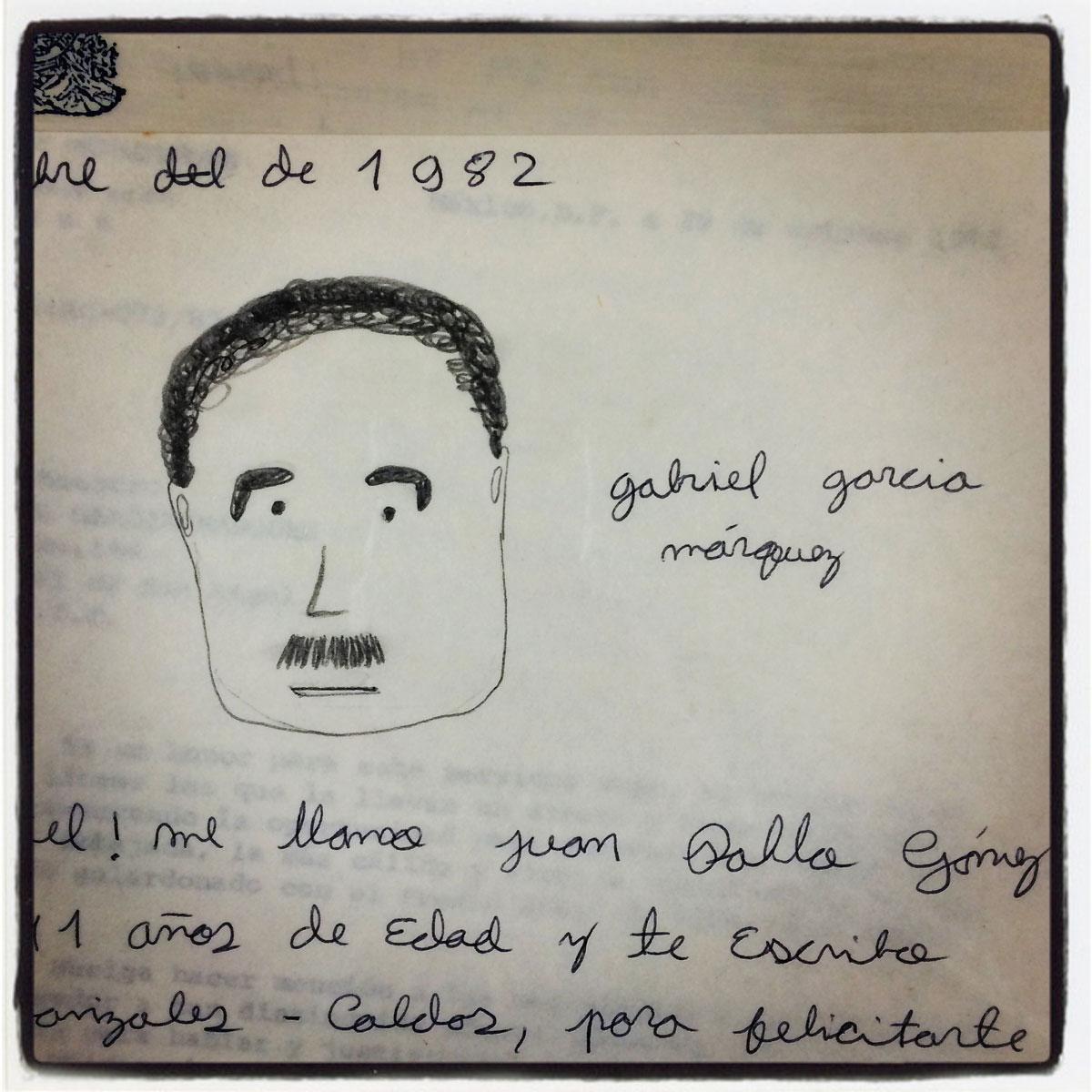 A drawing of Gabriel García Márquez by an 11-year old fan, 1982. Photo by Daniela Lozano. Un dibujo de Gabriel García Márquez hecho por un admirador de 11 años, 1982. Fotografía por Daniela Lozano.