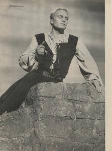 "Laurence Olivier in ""Hamlet"" (1949)"