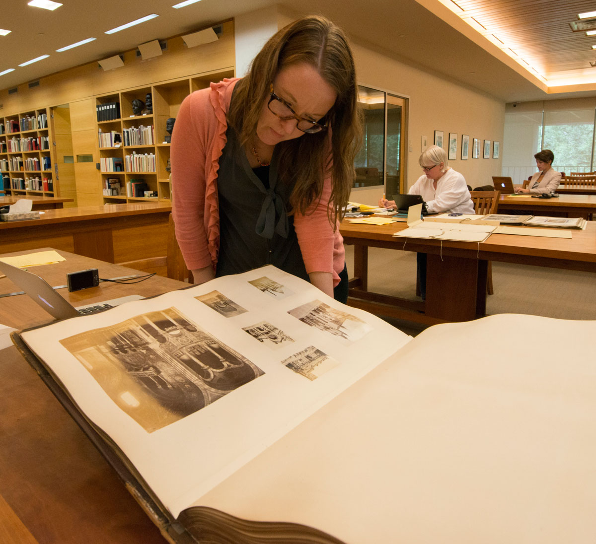 Researchers in the Ransom Center's Reading Room. Photo by Pete Smith.