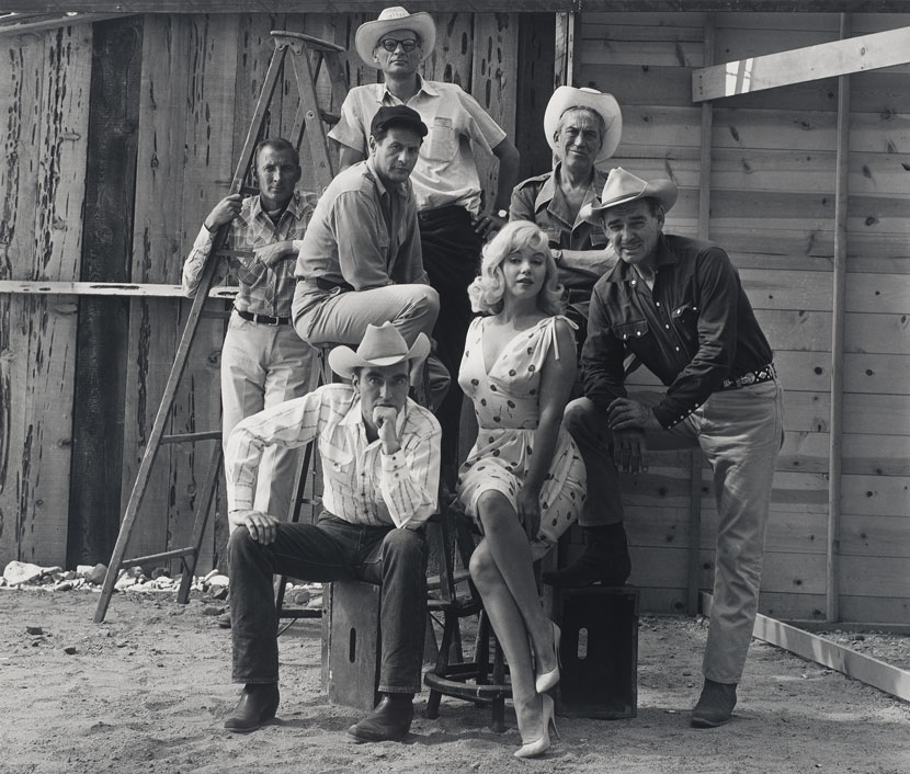 Elliott Erwitt (American, b. France 1928), Reno, Nevada, 1960. Gelatin silver print, 25.7 x 30.2 cm (image). Harry Ransom Center Collection © Elliott Erwitt/Magnum Photos