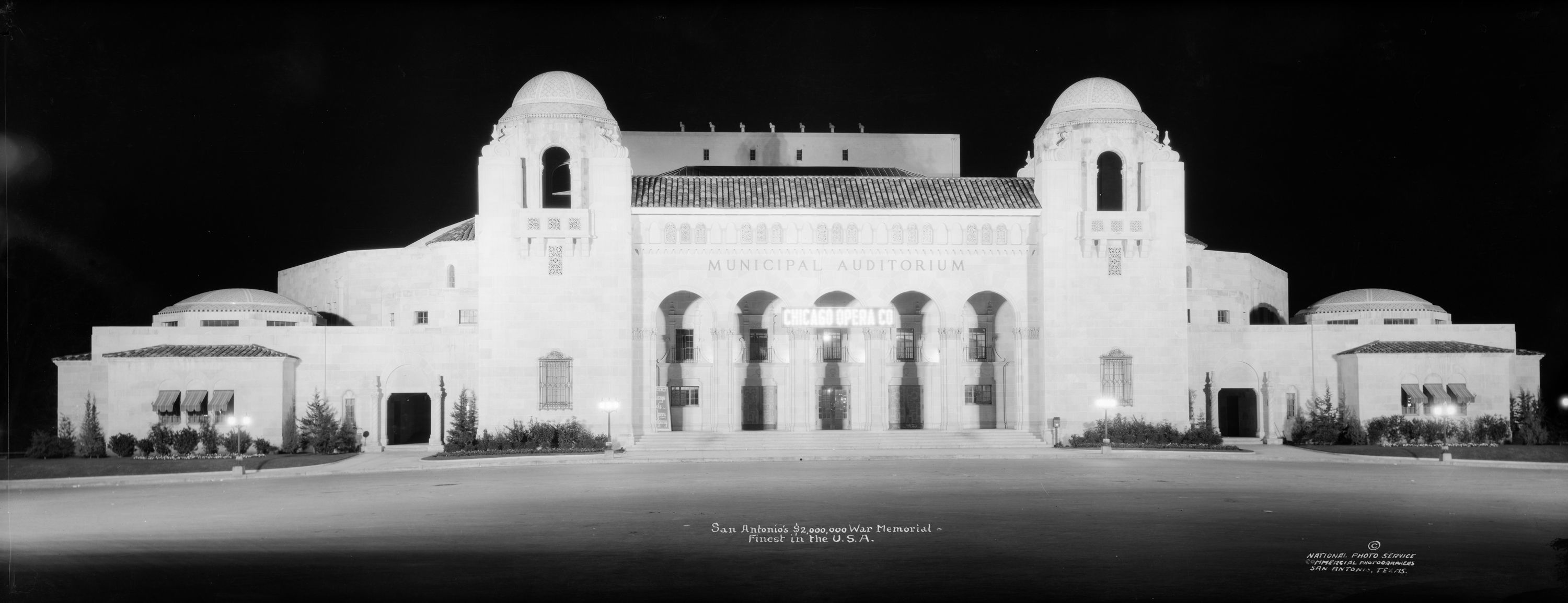 E. O. (Eugene Omar) Goldbeck (American, 1892–1986), San Antonio's $2,000,000 War Memorial. Finest in the U.S. A., ca. 1926. Digital positive from nitrate negative, 19.6 x 49.9 cm. E. O. Goldbeck papers and photography collection, 967:0068:0092