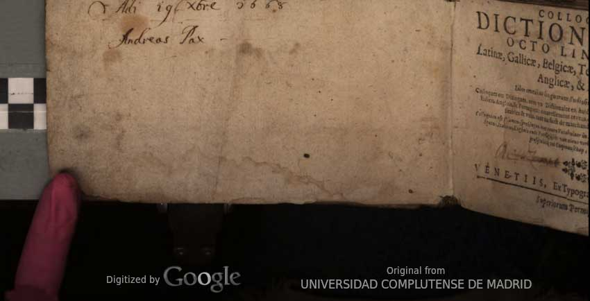 An opening of a 1646 Berlemont showing a blank endleaf and part of the title page and digitization context usually edited out: fingers holding it open, target card, the holder itself, watermarks from Google and Universidad Complutense de Madrid.