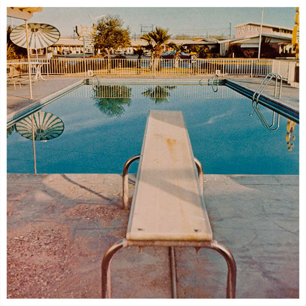 Traces of the Artist in the Exhibition Ed Ruscha: Archaeology and Romance