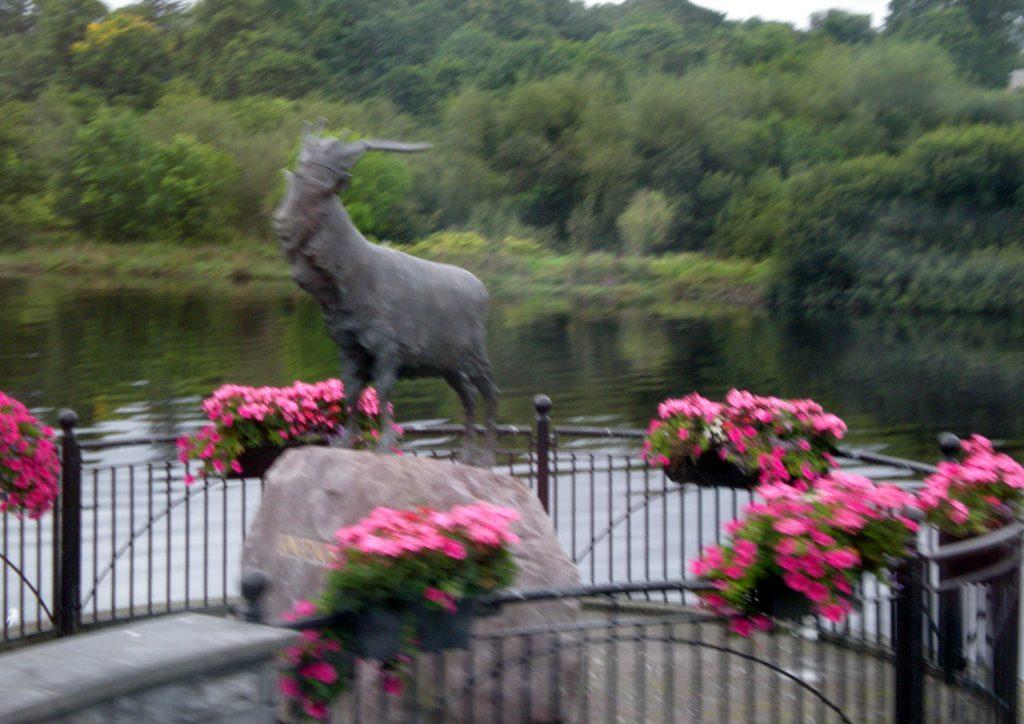 Killorglin Puck King statue