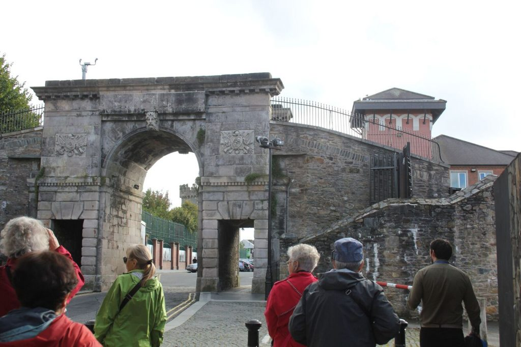 Ferryquay Gate in wall