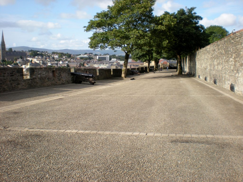 Derry city wall with cannon