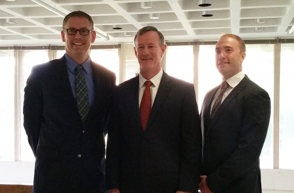 Jeremiah Gunderson and Jeff Moe with UT System Chancellor William McRaven at the School of Social Work Military Social Work Conference