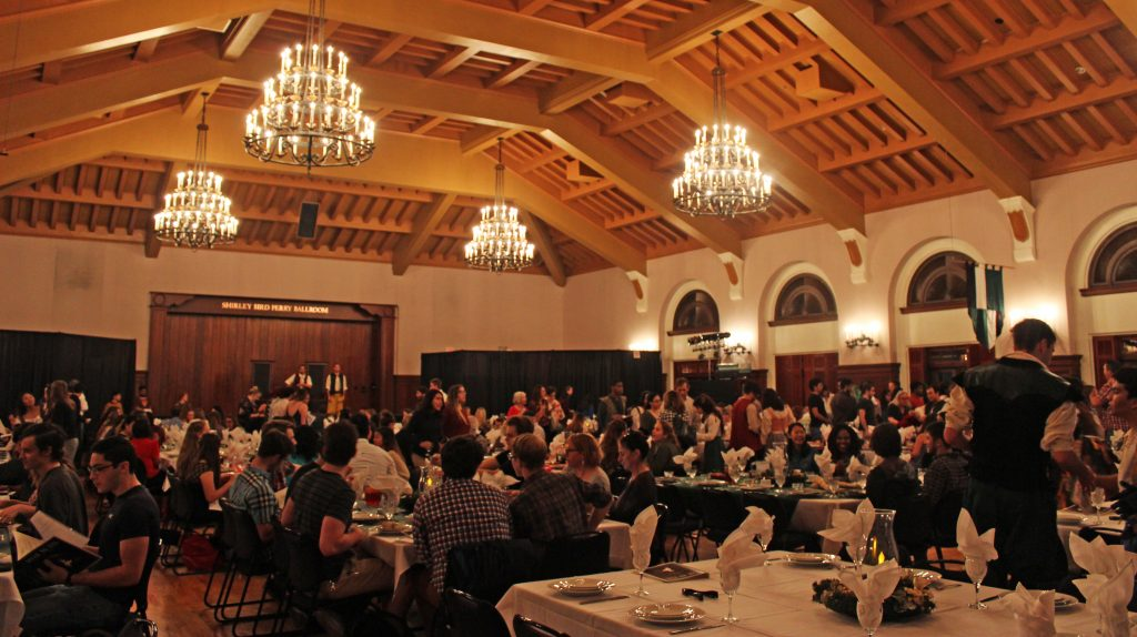Madrigal Dinner wide shot