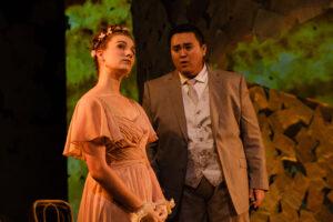 Lenski sings to his love, Olga