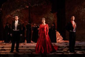 Onegin, Tatyana, and Prince Gremin sing a trio at the grand ball