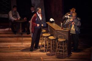 Falstaff gets angry at Bardolfo and Pistola
