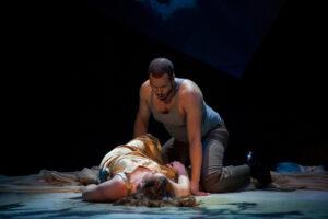 Tarquinius visits Lucretia in her bed.