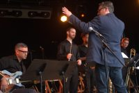John Fremgen leads group on stage at Montreux