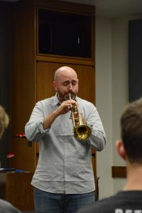 Mike Sailors, trumpet