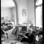 Pablo Picasso at the lunch table in his home La Californie in Cannes. Gelatin silver negative. April 19th, 1957. © David Douglas Duncan.