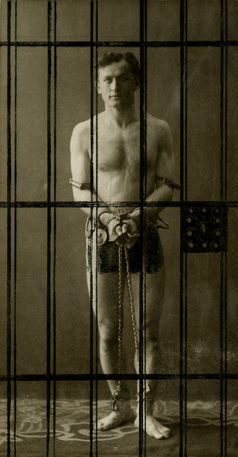 Harry Houdini slideshow celebrates 137th birthday