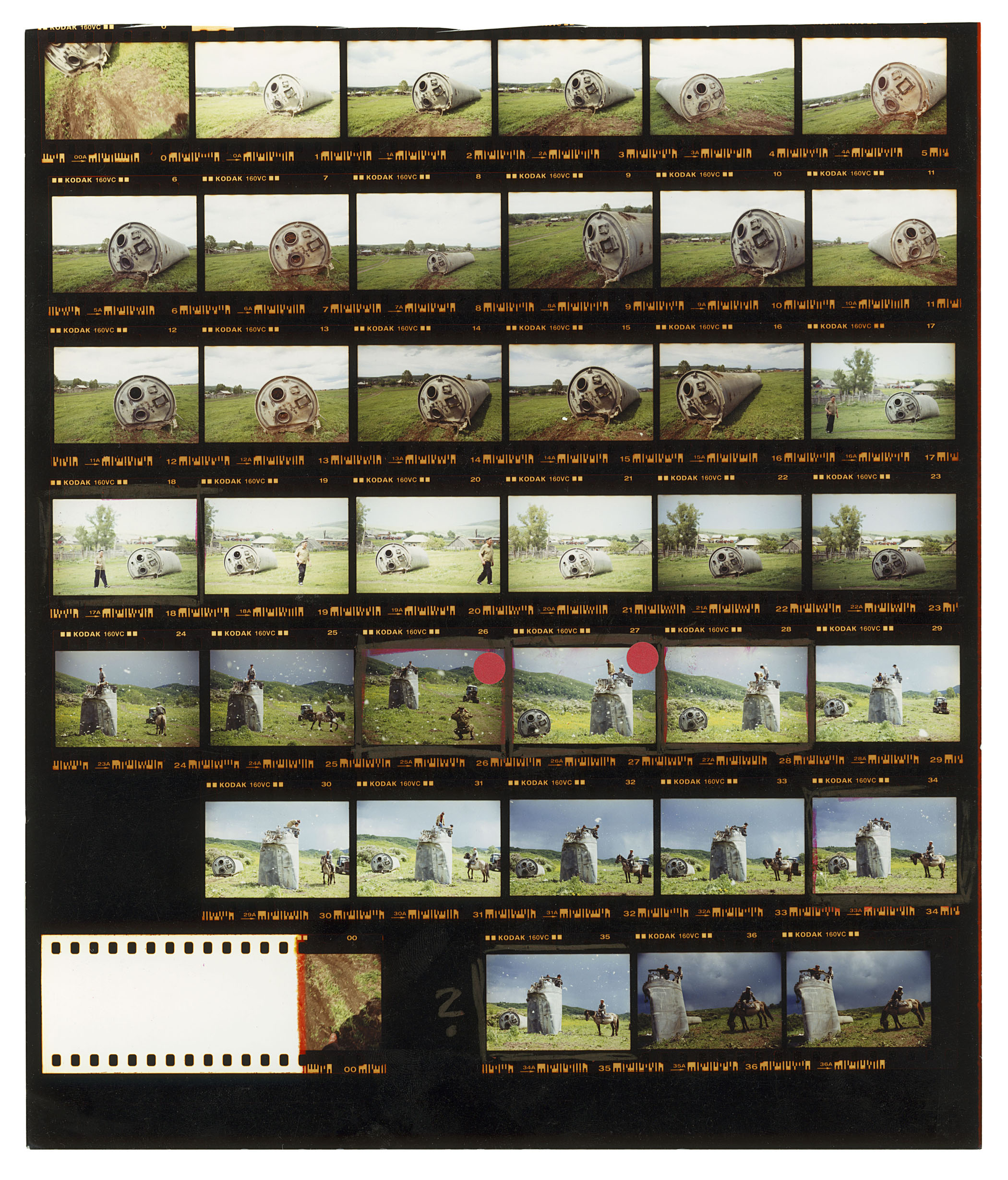 Jonas Bendiksen. RUSSIA. Altai Territory. 2000. Contact sheet. © Jonas Bendiksen/Magnum Photos.