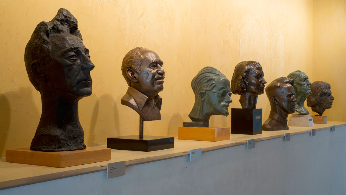 A bronze bust of Gabriel García Márquez alongside the busts of other writers in the entry alcove at the Ransom Center. Photo by Pete Smith.