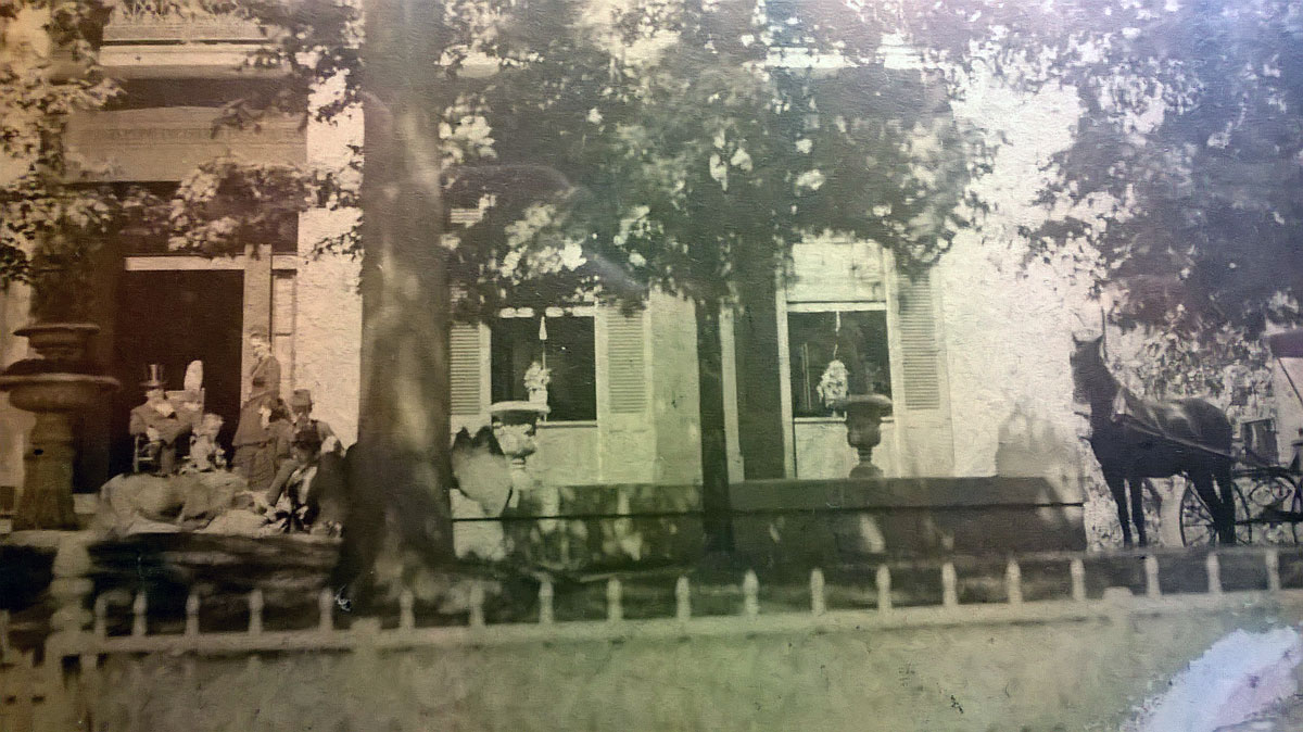 The Gracie Mansion was bought by her grandparents in 1848, though her maternal grandfather, seen here in the 1870s with his family, eventually lost his tobacco plantation and the mansion too. Photo from the Evelyn Scott Literary File, Photography Collection at the Harry Ransom Center.