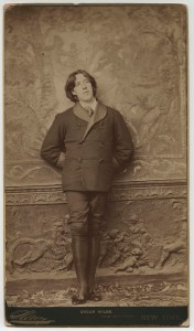 Napoleon Sarony (American, 1821–1896), Oscar Wilde, 1882. Albumen print (panel card), 32.8 x 18.9 cm. Photography collection, Oscar Wilde literary file, 957:0109:0004