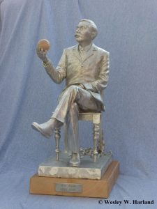 Maquette of sculpture of H. G. Wells created by Wesley Harland. The statue is to be unveiled in Woking, Surrey, in September 2016. Copyright Wesley W. Harland.