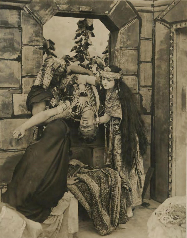 """""""Cleopatra"""" (1917)"""