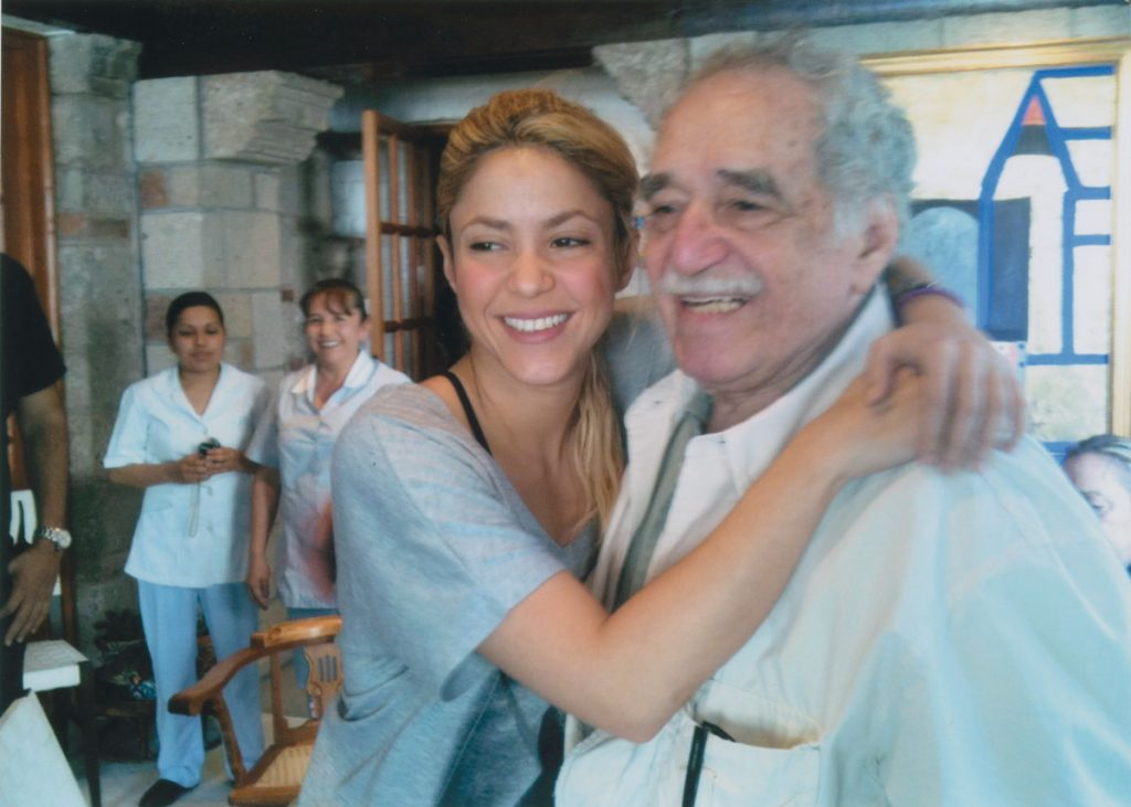 Gabriel García Márquez with Shakira at his house in Mexico City, Casa Fuego. The two had a long and close friendship.