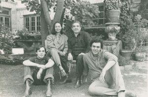 Gabriel García Márquez with Mercedes Barcha and their children, Rodrigo and Gonzalo in 1980.
