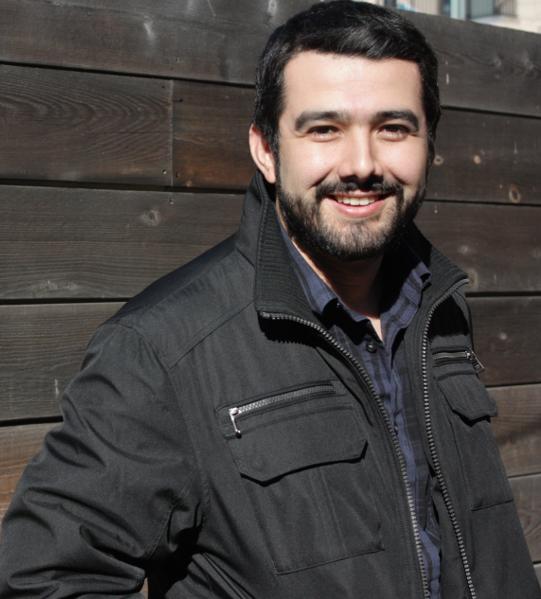 Daniel F Moraga-Espinoza