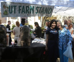 Kathryn Dekeyser and ? (University Health Services) support UT Farm Stand.