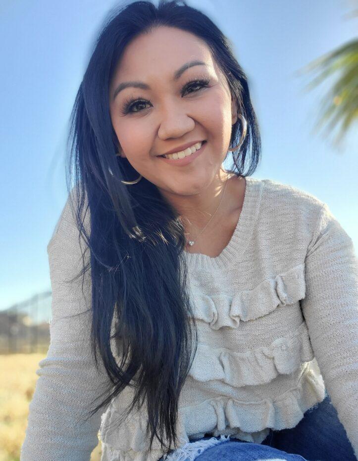 Alumna Lauren Gutierrez shares her social work journey on social media