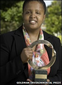 Thuli Makama: lawyer, head of the environmental group Yonge Nawe. She received the Goldman Environmental Prize in 2010 for exposing the extra-judicial murders and maiming of suspected poachers.
